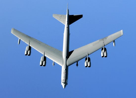 Overhead view of a B-52 illustrating its high aspect ratio wings