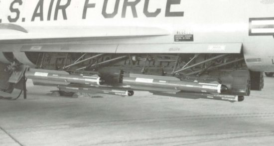 Internal weapons bays on the F-102 Delta Dagger
