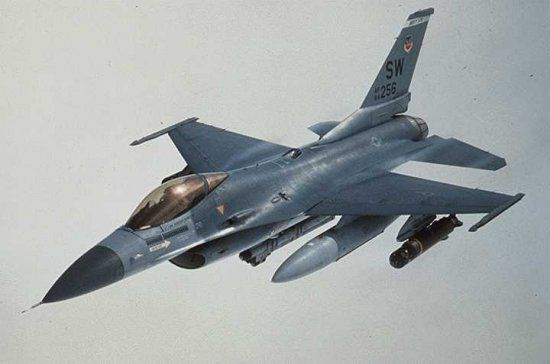 Weapons F16_06