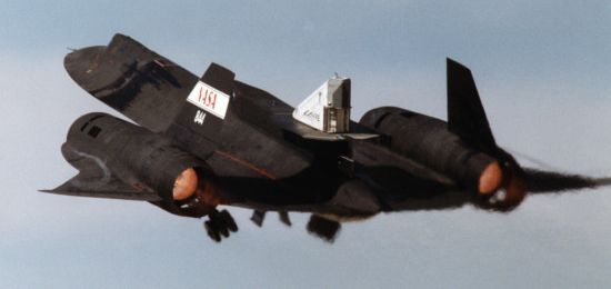 Flight test of the LASRE aerospike engine mounted on the SR-71