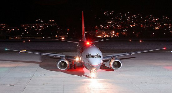 Boeing 737 aircraft navigation lights